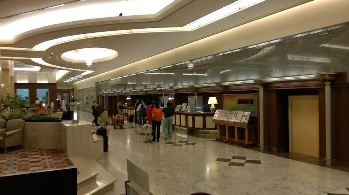 ホテル日航関西空港にも電源コンセント