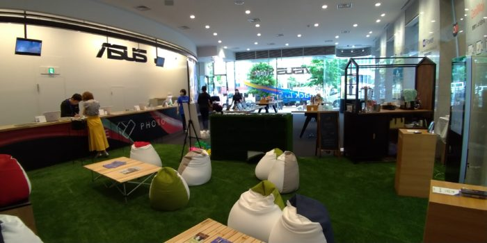 ZenFone好きはASUS Store Akasakaへ友達を連れて行こう!