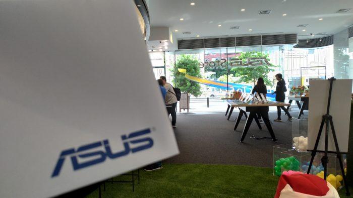 ASUS Store Akasaka 修理