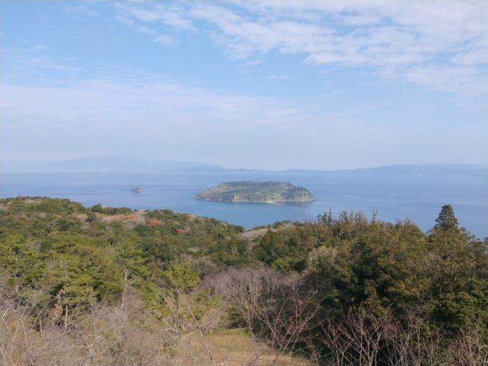 知林ヶ島は潮がひいたら道が出現