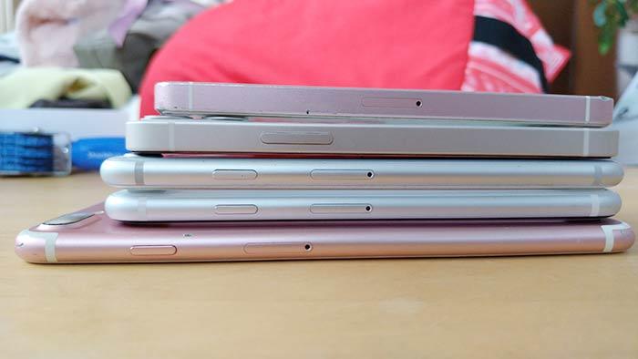 iPhone12ミニは電源ボタン